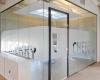 Glazen wanden met glasdeur 1