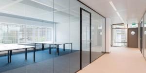 Slimline glazen kantoorwanden