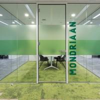 Glazen wandsysteem kantoor