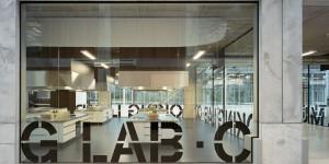 Hoge glaswanden Co Creation Lab