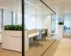 Glazen wand met dichte deur Swatch Group