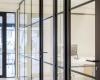 Retro look glaswand met kaderdeur Bogert Eindhoven